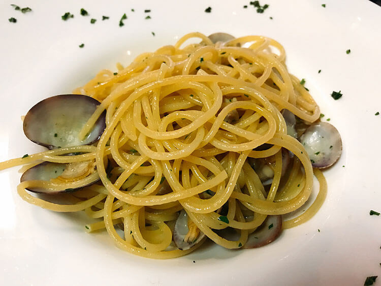 Spaghetti with clams, Venice, Italy