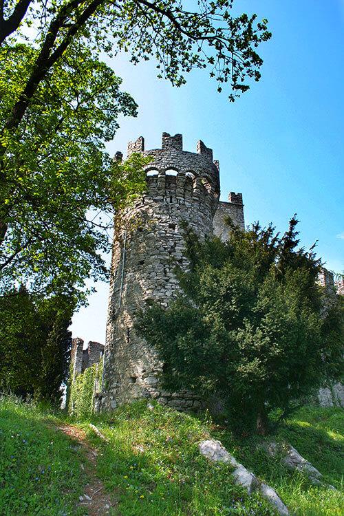 The tower of Castello di Vezio