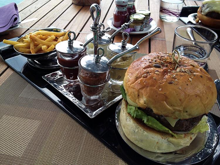 Wagyu beef burger at Anantara Kihavah Villas Maldives