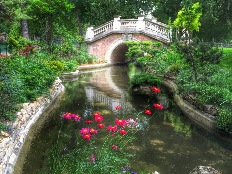 Parc de Monceau Paris