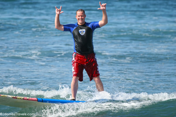 Surfing lessons on Maui