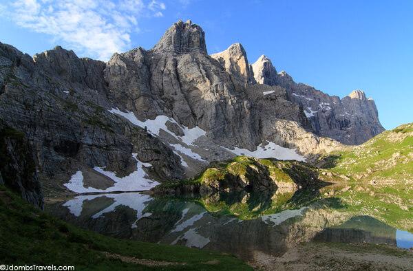 Codai ežeras po didingu Civetta kalnu