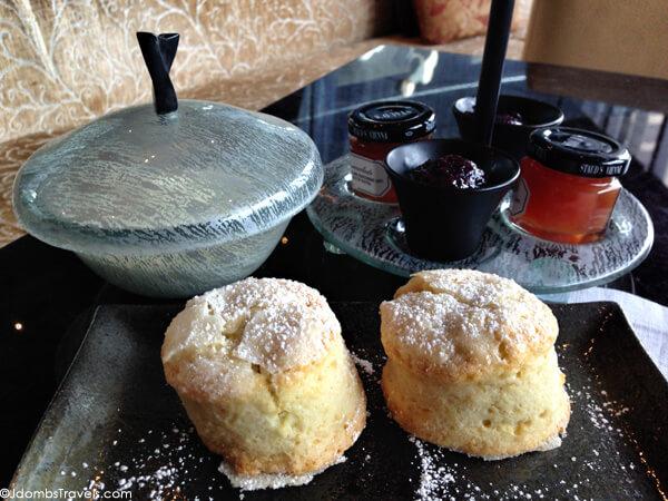 Afternoon tea Mandarin Oriental New York