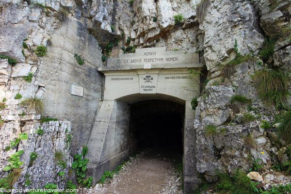 Strada delle 52 Gallerie tunnel 1