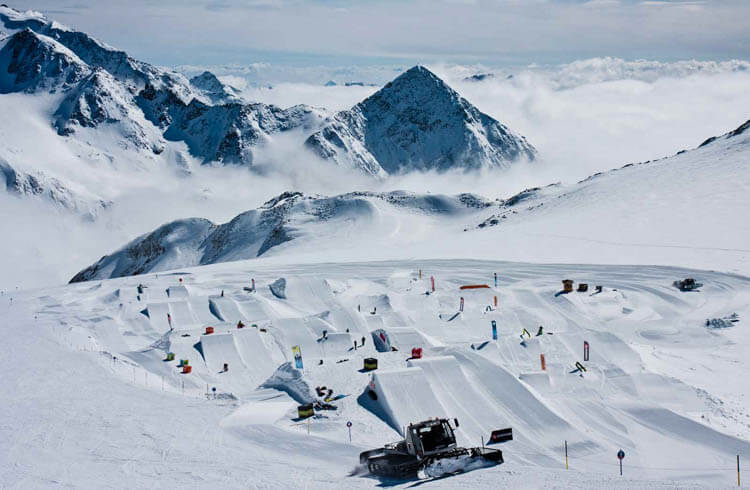 Snowpark on Stubai Glacier
