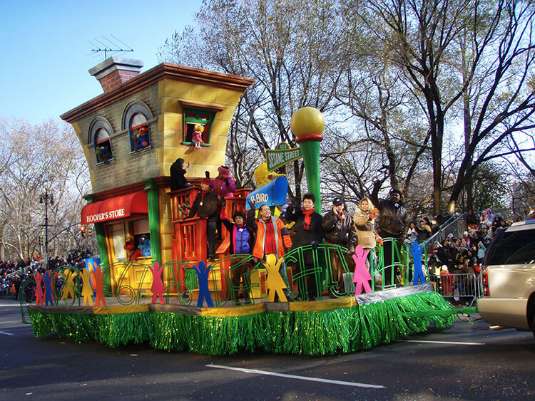 1-2-3 Sesame Street float Macy's Thanksgiving Day Parade