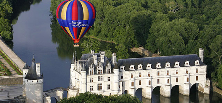 hot air ballooning Loire Valley