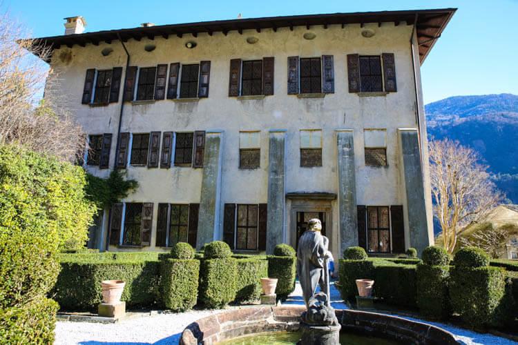 Palazzo Vertemate Franchi Gardens