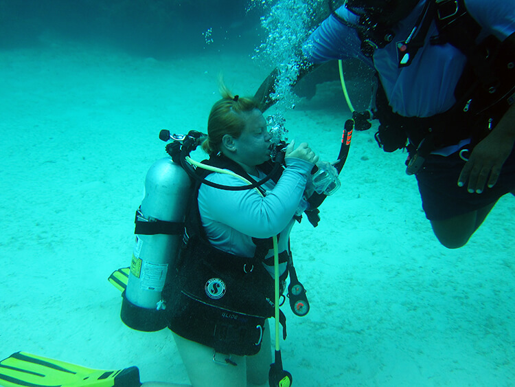 Getting dive certified in The Bahamas