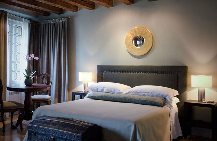 A room in grays at the boutique Cima Rosa in Venice