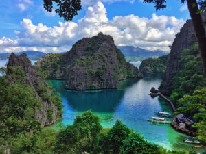 Kayangan Lake viewpoint