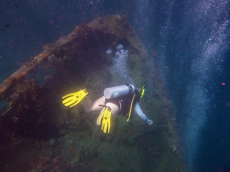 Lusong Shipwreck, Coron