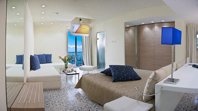 Lloyd's Baia Hotel Amalfi Coast
