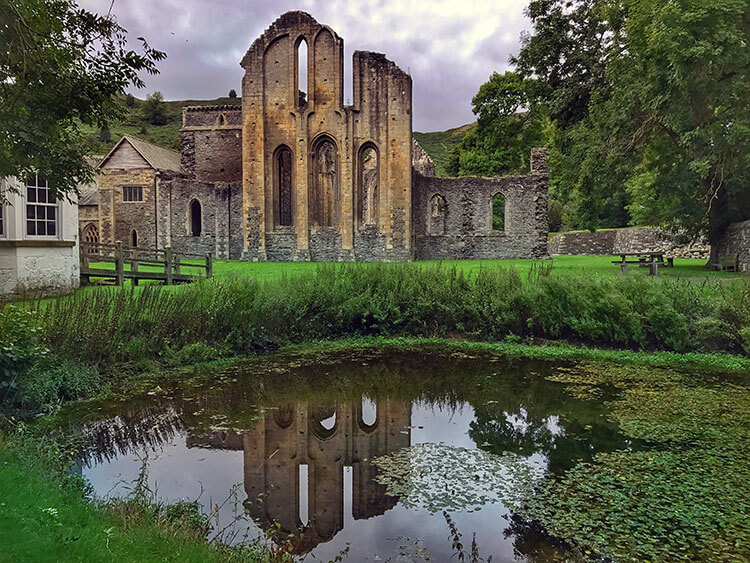 Valle Crucis Abbey, Wales