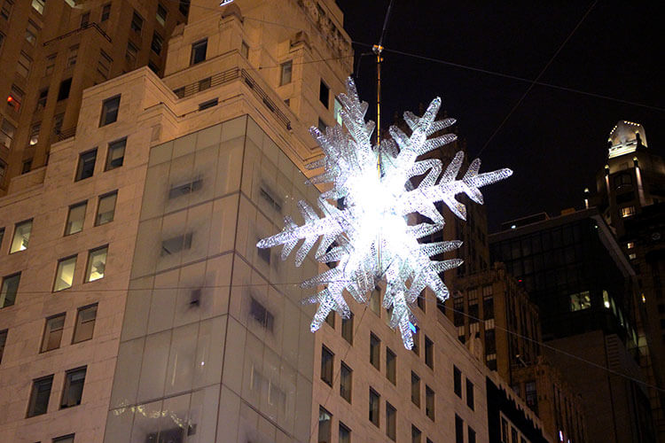The UNICEF Star is strung up above 57th Avenue