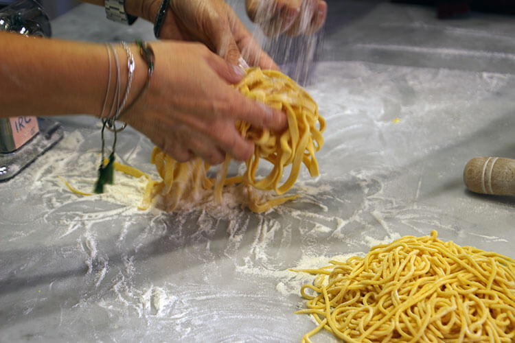 Making fresh pasta at In Rome Cooking