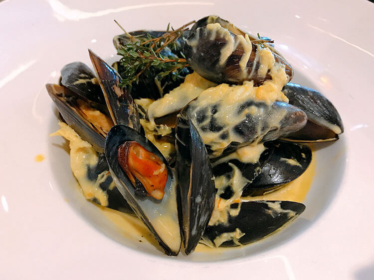 Mussels in a vermouth saffron cream sauce at Manfredi's on Viking Sea