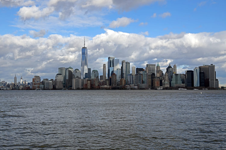 Thew view of Lower Manhattan with One World Trade Center dominating the skyline