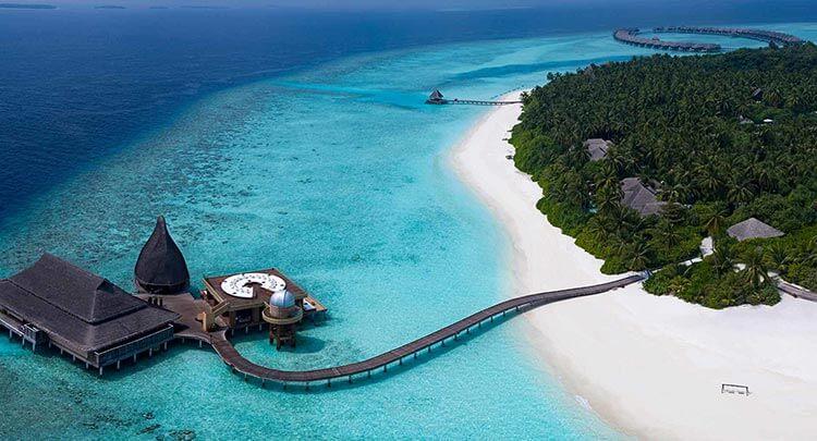 Aerieal of the island resort Anantara Kihavah Maldives